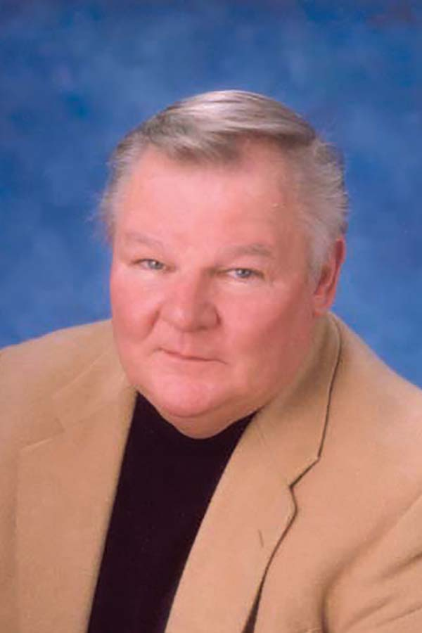 Jim Cahill is a Realtor at Roche Realty Group, Inc. serving New Hampshire's Lakes Region.