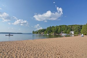 Gilford Beach, NH - Lake Winnipesaukee