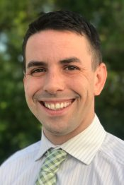 Tucker McDonough is a Lakes Region, NH Realtor / Sales Associate at Roche Realty Group in Meredith NH.